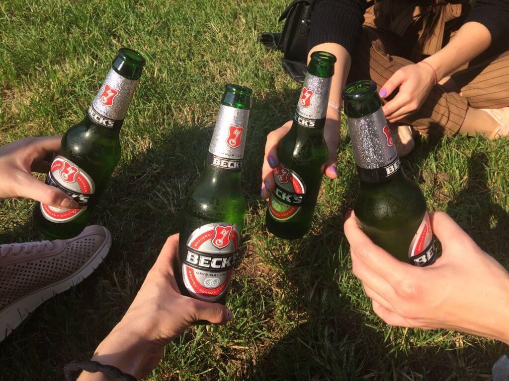 piwo, chill, odpoczynek, podróż, mediolan, bergamo, transport, włochy
