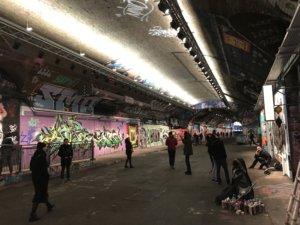Londyn, weekend, zwiedzanie, miasto, stolica, Wielka Brytania, turysta, mural, graffiti, sztuka, ulica, spray