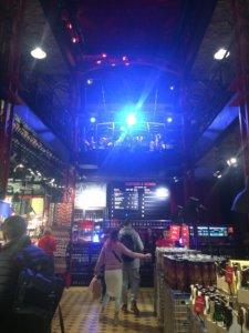 Lwów, zwiedzanie, miejsca, Ukraina, turystyka, wycieczka, Stare Miasto, Rynek, bar, alkohol, restauracja, pravda, koncert, piwo, craft