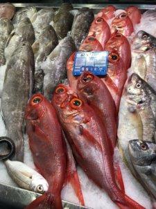 market, targ, kanary, stolica, miasto, ryby, piranie