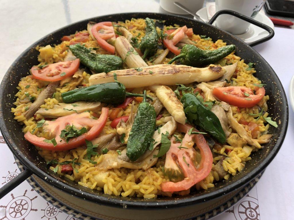 restauracja, la cofradia, paella, jedzenie, obiad, kanary, warzywa, wege,, budynki, garachico